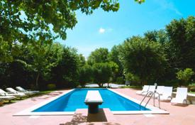 Villas and houses for rent with swimming pools in Italy. Villa – Pesaro, Marche, Italy
