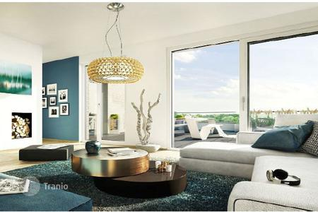 1 bedroom apartments for sale in North Rhine-Westphalia. Luxurious apartment with a balcony in a new residential complex, in the city center, Dusseldorf, Germany