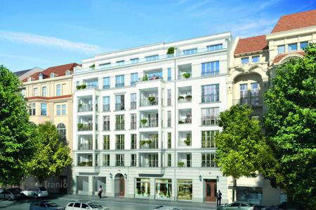 Luxury 2 bedroom apartments for sale in Berlin. Five-room penthouse with 2 terraces 100 meters from the Kurfürstendamm, Charlottenburg district, Berlin