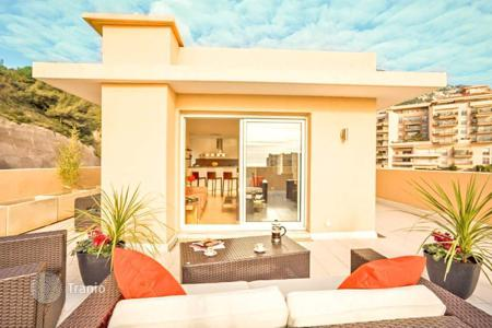 2 bedroom apartments for sale in Beausoleil. Stylish penthouse in Beausoleil