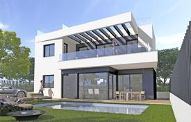 Property for sale in Villamartin. Modern villa with private pool in Orihuela Costa
