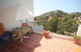 Townhouses for sale in Benahavis. Town House for sale in La Quinta, Benahavis
