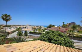 5 bedroom houses for sale in Alicante. Cabo Roig, Orihuela Costa, Villa of 200 m² with plot of 800 m²