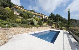 3 bedroom houses for sale in Castell Platja d'Aro. Luxury villa with a pool, a garden and a terrace, overlooking the sea and mountains, Castell Platja d'Aro, Spain