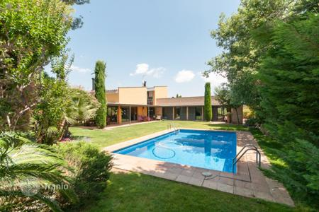 Luxury houses for sale in Sant Cugat del Vallès. Villa – Sant Cugat del Vallès, Catalonia, Spain