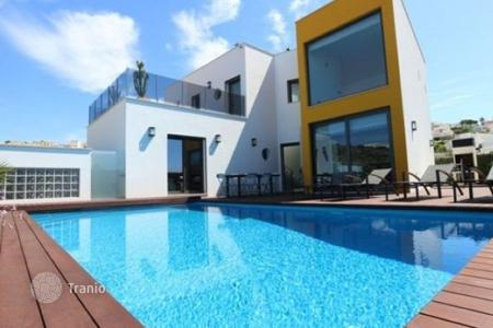 Houses with pools by the sea for sale in Faro. Detached house – Albufeira, Faro, Portugal
