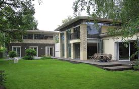 3 bedroom houses for sale in Latvia. Elegant modern house in Riga