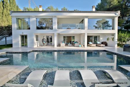 6 bedroom houses for sale in Majorca (Mallorca). Villa – Son Vida, Balearic Islands, Spain