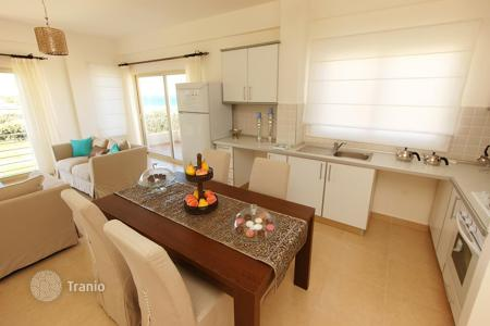 Apartments with pools for sale in Kyrenia. Spacious apartment on the northern coast of Cyprus