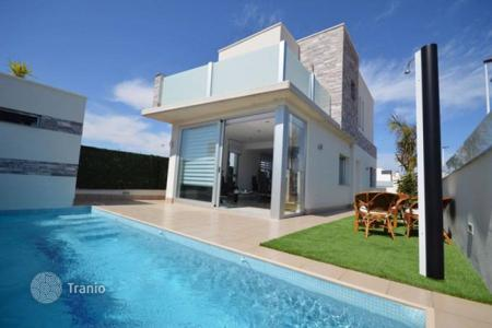 Houses for sale in San Pedro del Pinatar. Chalet – San Pedro del Pinatar, Murcia, Spain