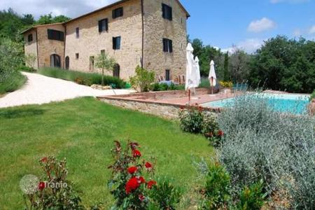 Property for sale in Casole D'elsa. Villa – Casole D'elsa, Tuscany, Italy