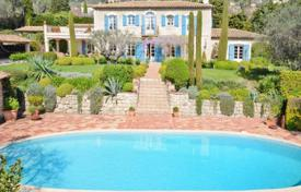 Luxury 4 bedroom houses for sale in Grasse. Villa – Grasse, Côte d'Azur (French Riviera), France