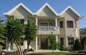 Luxury 4 bedroom houses for sale in Cyprus. Exquisite 4 Bedroom Villa on a Huge Plot — Overlooking Limassol Bay