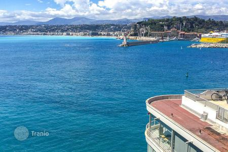 Luxury apartments for sale in Nice. Apartments on the seafront in Nice