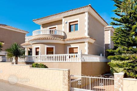 Property for sale in Costa Blanca. Villa – Torrevieja, Valencia, Spain