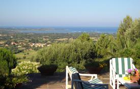 Houses with pools for sale in San Teodoro. Villa – San Teodoro, Sardinia, Italy