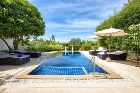 Property to rent in Thailand. Tropical Garden Pull Villa