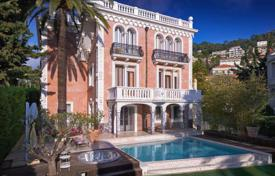 Luxury houses with pools for sale in Nice. Historical three-storey villa with a pool, a garden and a rooftop terrace, Nice, France