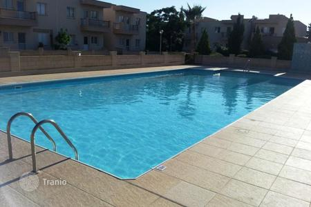 2 bedroom apartments for sale in Paphos. Cozy apartment with sea view in a new residential complex in Paphos, Cyprus