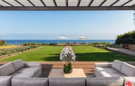 2 bedroom houses for sale in North America. Villa – Malibu, California, USA