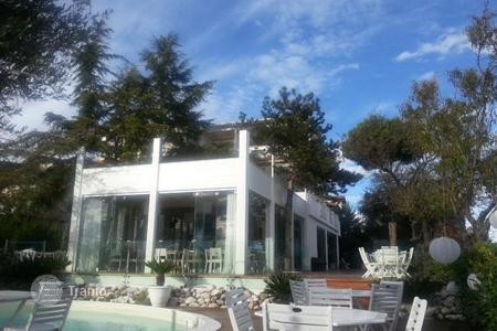 Hotels for sale in Italy. Hotel – Pescara, Abruzzo, Italy