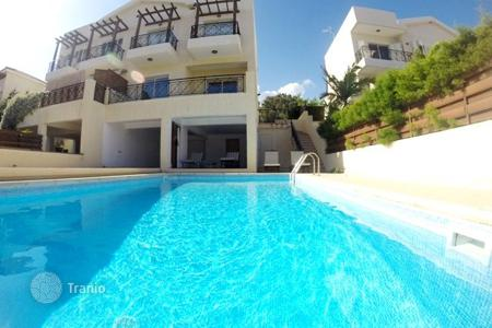 Houses with pools by the sea for sale in Pyrgos. Villa – Pyrgos, Limassol, Cyprus