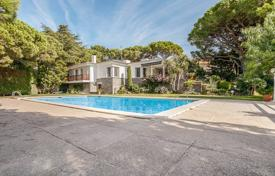 4 bedroom houses for sale in Kalonji. Luxury villa with a pool, a garden and a terrace, in a quiet area, close to the beach, Calonge, Spain