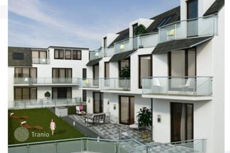 Off-plan terraced houses for sale in Europe. Terraced house – Baden bei Wien, Lower Austria, Austria