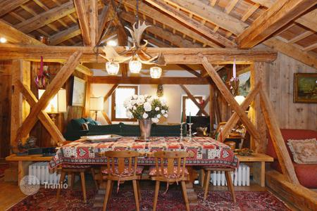 Apartments for sale in Veneto. Stunning penthouse attic, recently renovated — CORTINA D 'AMPEZZO
