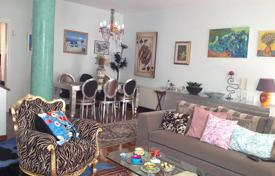 Residential for sale in Egkomi. 3 bed + office renovated house in Makedonitssa