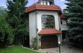 Comfortable cottage with two terraces, a pool and a garden, District II, Budapest, Hungary for 412,000 $