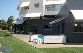 Spacious villa with a plot and a swimming pool, Cambrils, Spain for 795,000 €