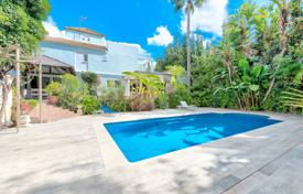 Wonderful villa with a swimming pool in Nueva Andalucia, Marbella, Spain for 985,000 €