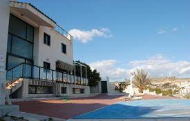4 bedroom houses for sale in El Campello. Villa – El Campello, Valencia, Spain