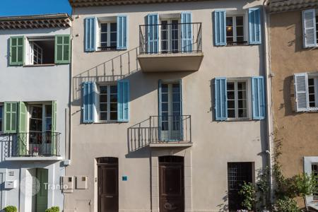 Cheap 3 bedroom houses for sale in France. Mougins — Village house