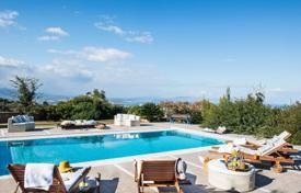 Houses with pools for sale in Crete. Villa – Chania (city), Chania, Crete,  Greece
