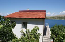 5 bedroom houses for sale in Sibenik-Knin. Villa – Sibenik, Croatia