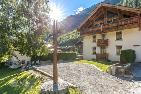 Residential for sale in Chamonix. Apartment – Chamonix, Auvergne-Rhône-Alpes, France