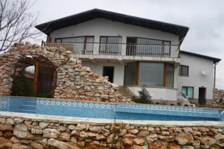 2 bedroom houses for sale in Dobrich Region. Detached house - Topola, Dobrich Region, Bulgaria