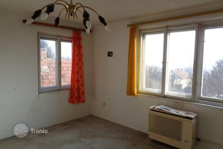 Property for sale in Üröm. Detached house – Üröm, Pest, Hungary