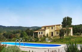 Old villa of the XVIII century with a large plot in Monteverdi Marittimo, Tuscany, Italy for 630,000 €