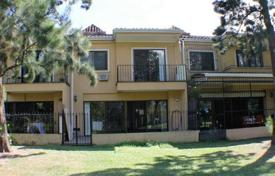 Townhouses for sale in San Pablo. Great condo townhouse on the golf course in Cariari