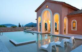 Luxury houses with pools for sale in Peloponnese. Villa – Peloponnese, Greece