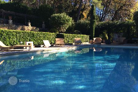 Residential for sale in Opio. Charming villa in Provencal style