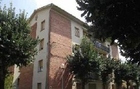 Apartments for sale in Olot. Apartment – Olot, Catalonia, Spain