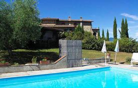 Houses with pools for sale in Tuscany. Villa – San Casciano dei Bagni, Tuscany, Italy