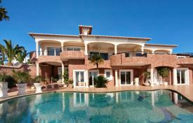Luxury residential for sale in Portugal. Elegant 4+ bedroom villa with breath-taking ocean views, Praia da Luz, near Lagos