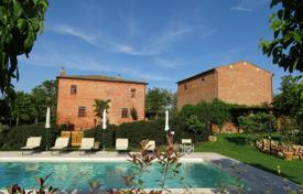 4 bedroom houses for sale in Tuscany. Villa – Montepulciano, Tuscany, Italy