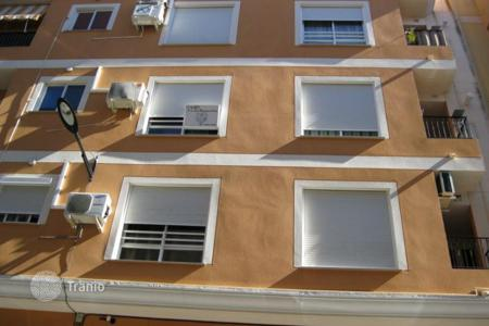 Cheap residential for sale in Alzira. Terraced house – Alzira, Valencia, Spain