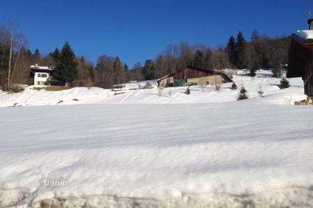 Land for sale in French Alps. Building plot of 850 m²